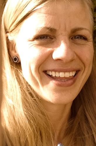 Levenscoach, sportcoach, massagetherapeut en bezieler van FLOW Wendy Donckers (35) is van nature erg empatisch, geïnteresseerd in de menselijke psyche en ... - foto-closeup
