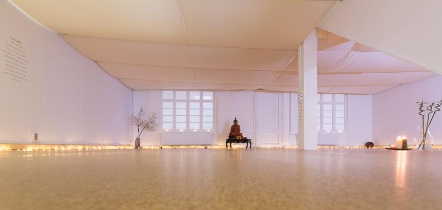 FLOW yogazaal 1